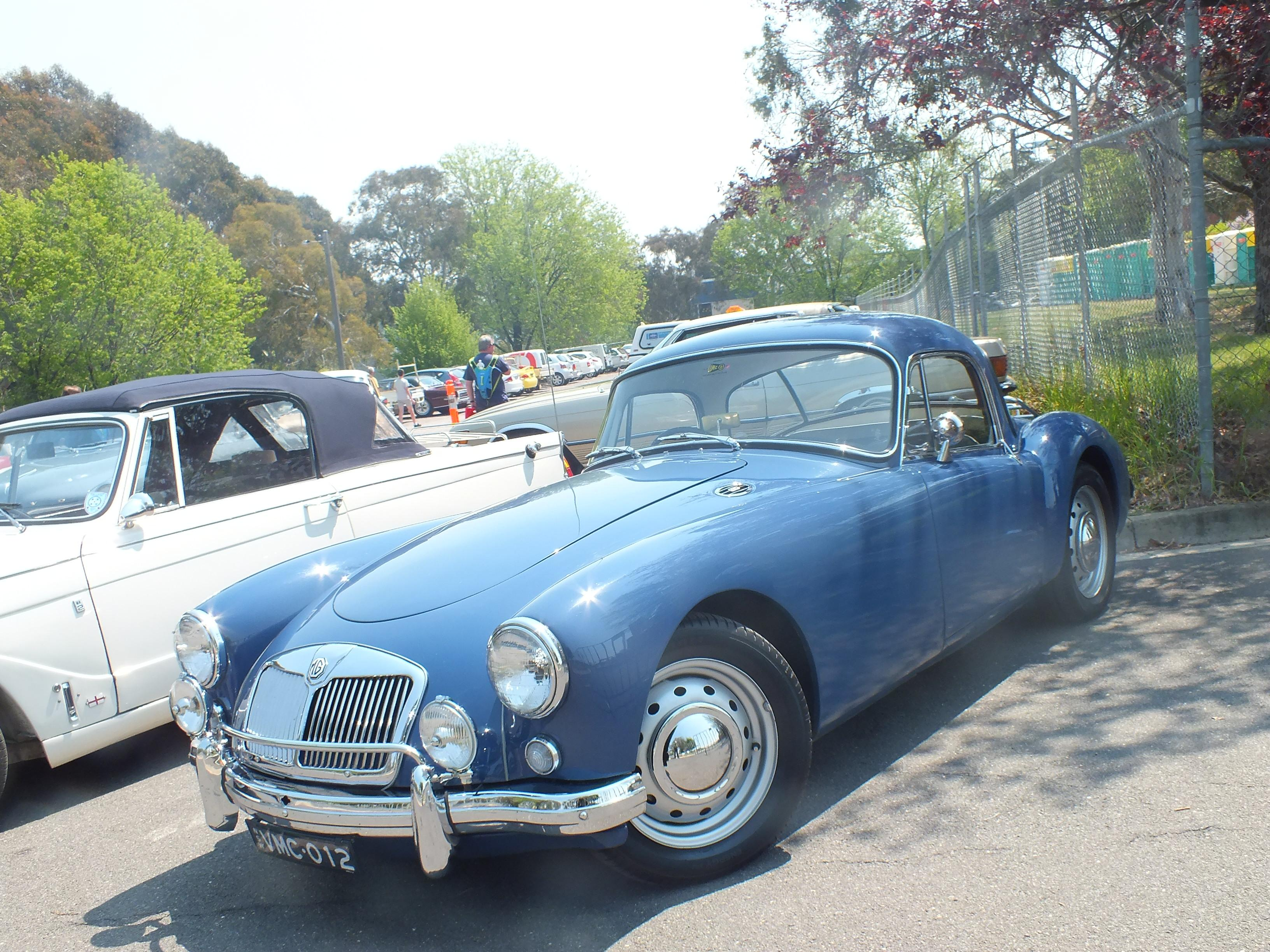 cars we saw in OZ. Canberra 1